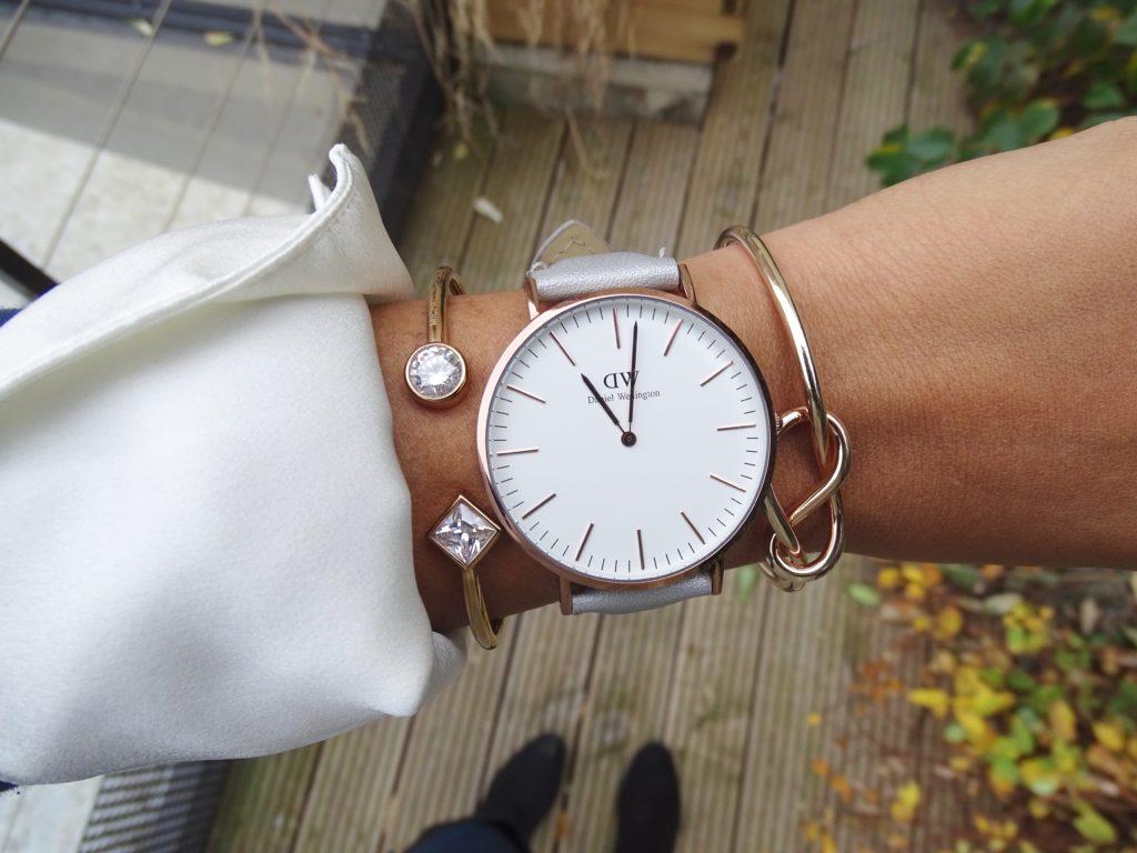 Bracelet gris montre Daniel Wellington