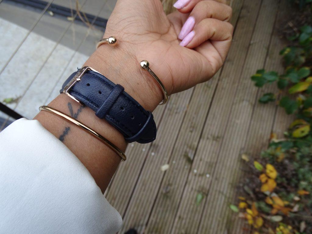 Changer Bracelet bleu marine montre Daniel Wellington